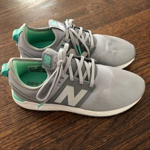 Women's grey New Balance shoes